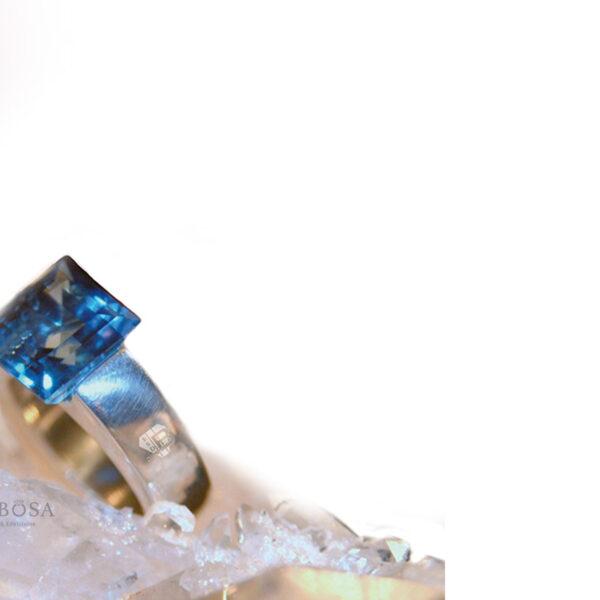 BLUE CRYSTAL 1